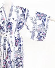 Vintage Japanse kimono wit katoen met donkerblauwe/roze print en ceintuur