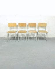 Vintage-NVA-schoolstoelen-froufrous-5-1
