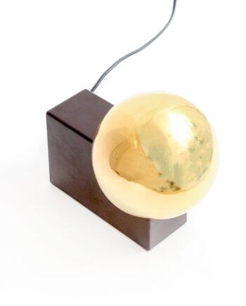 Vintage Philips tafellamp met bruine voet en goudkleurige spiegelbol jaren 70
