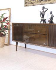 Vintage-eikenhouten-radiomeubel-Grundig-Bergamo-3-1