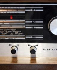 Vintage-eikenhouten-radiomeubel-Grundig-Bergamo-3-12