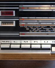 Vintage-eikenhouten-radiomeubel-Grundig-Bergamo-3-13