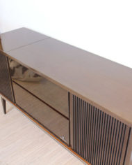 Vintage-eikenhouten-radiomeubel-Grundig-Bergamo-3-6