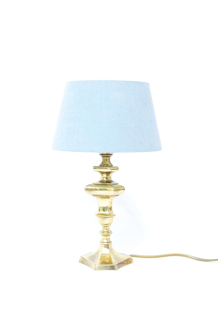Vintage messing tafellamp met lichtblauwe kap