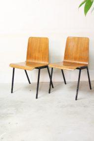 Vintage-pagholz-stoelen-houten-schoolstoelen-12