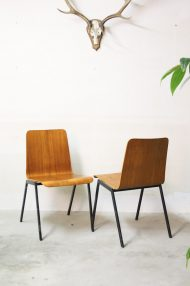 Vintage-pagholz-stoelen-houten-schoolstoelen-4