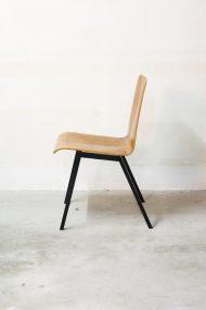 Vintage-pagholz-stoelen-houten-schoolstoelen-5