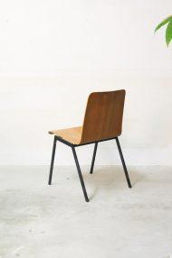 Vintage-pagholz-stoelen-houten-schoolstoelen-6