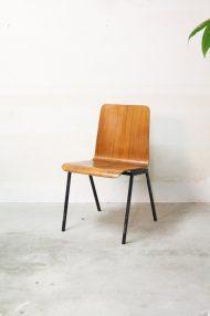 Vintage-pagholz-stoelen-houten-schoolstoelen-8