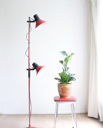 rode vloerlamp