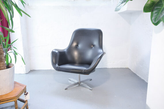 Vintage Space Age zwarte draaifauteuil