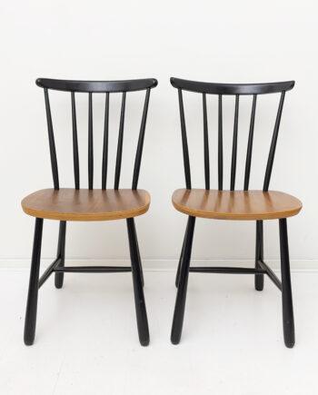 Vintage spijlenstoel van zwart gelakt hout Polonio Holland - set van 2