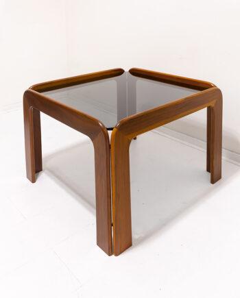 Vintage teakhouten salontafel met blad van rookglas Scandinavisch design