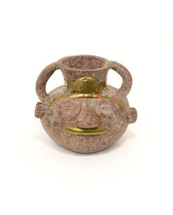 Vintage vaas gezicht van keramiek met details in messing en koper