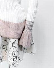 Witte gebreide trui met geplooide mouwen Italië