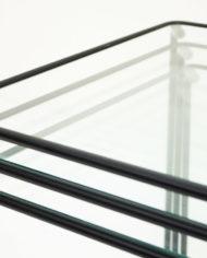 Zwarte-mimiset-bijzettafels-glas-en-draadstaal-vintage-5