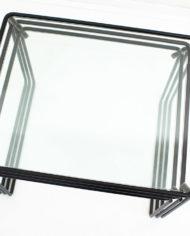 Zwarte-mimiset-bijzettafels-glas-en-draadstaal-vintage-8