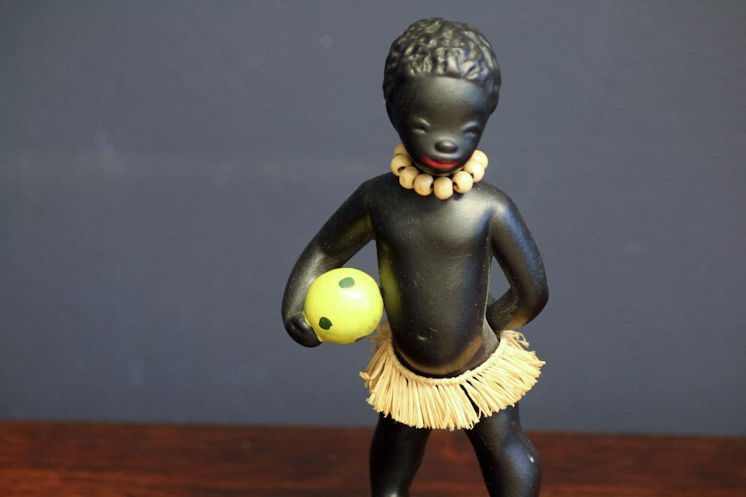 Black boy beeldje Cortendorf West Germany