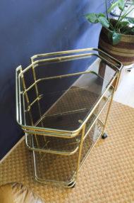 goudkleurig-hollywood-regency-hoektafeltje-serveerwagen-metaal-4