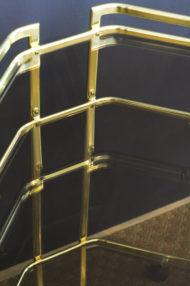 goudkleurig-hollywood-regency-hoektafeltje-serveerwagen-metaal-5