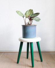 groen-wit-plantentafeltje-botanisch-schildering-japans-krukje-driepoot-3