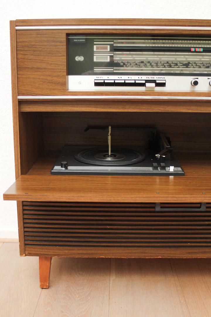 Radio Meubel Jaren 60.Vintage Radiogram Sideboard Grundig