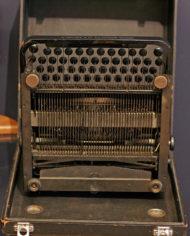 hermes-2000-jaren-30-typemachine-12