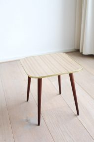 houten-formica-plantentafeltje-vintage-jaren-60-2