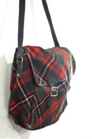 jaren-60-tartan-schoudertas-rood-groen-zwart-geruit-2