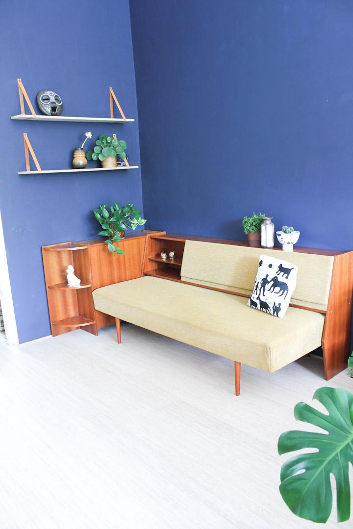 jaren 60 vintage okergele bank slaapbank meubel