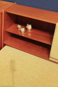 jaren-60-vintage-okergele-bank-slaapbank-meubel-13
