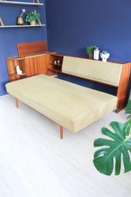 jaren-60-vintage-okergele-bank-slaapbank-meubel-17
