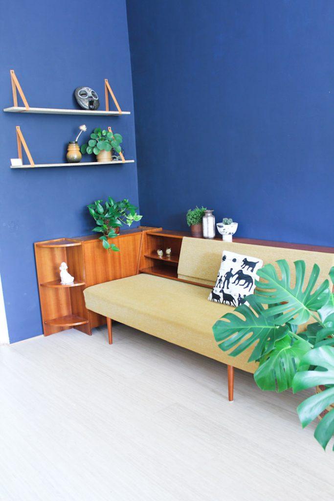 Jaren 60 vintage okergele bank slaapbank meubel for Okergele bank