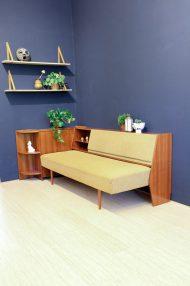 jaren-60-vintage-okergele-bank-slaapbank-meubel-5