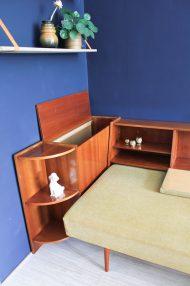 jaren-60-vintage-okergele-bank-slaapbank-meubel-6