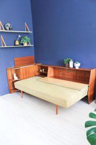 jaren-60-vintage-okergele-bank-slaapbank-meubel-7