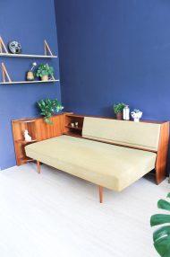 jaren-60-vintage-okergele-bank-slaapbank-meubel-8