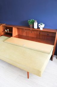 jaren-60-vintage-okergele-bank-slaapbank-meubel-9
