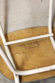 lichtblauwe-vintage-stoeltjes-10