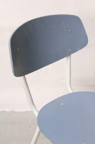 lichtblauwe-vintage-stoeltjes-11