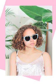 Mintgroene zonnebril