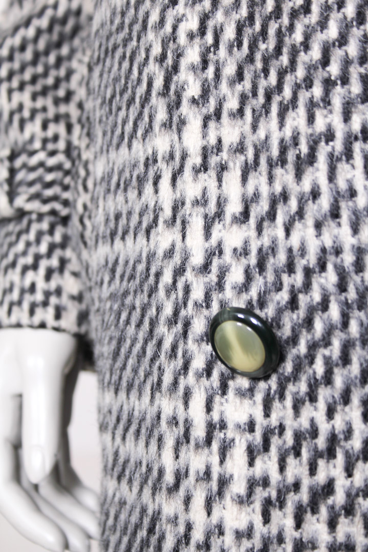 Zwart Witte Winterjas.Wollen Geruite Lange Winterjas Uit De Jaren 90 L Froufrou S