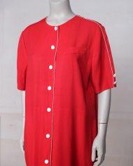 rode-wijdvallende-vintage-jurk-knopen-2