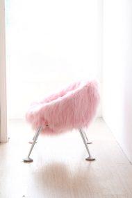 roze furry stoel