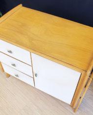 vintage-Deens-design-licht-eiken-houten-kastje-sierlijke-poten-7