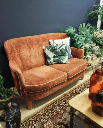 Vintage bankstel en fauteuil bloedoranje