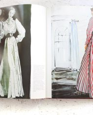 vintage-book-fashion-drawing-in-vogue-4