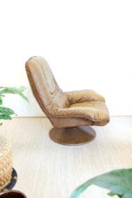 vintage-bruin-leren-fauteuil-ronde-voet-draaistoel-4