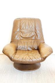 vintage-bruin-leren-fauteuil-ronde-voet-draaistoel-9