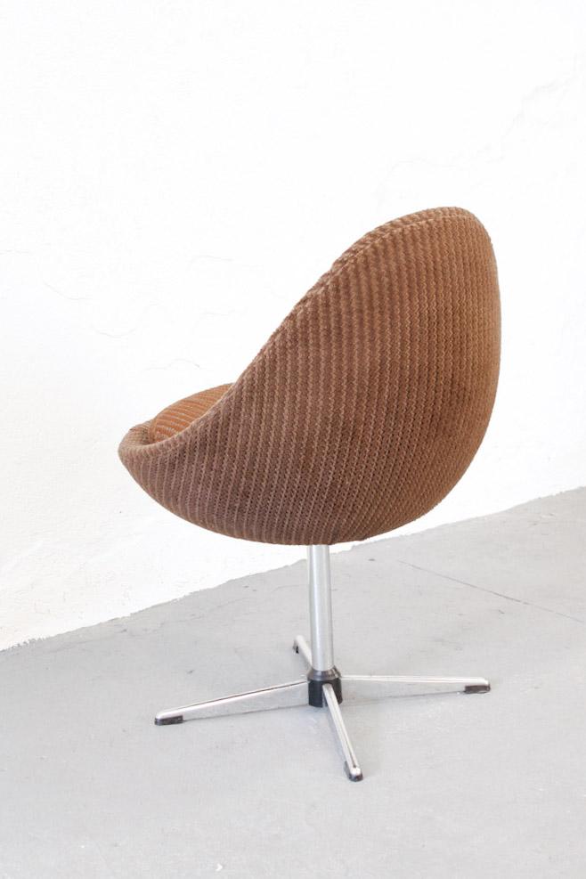 Vintage jaren 70 ei stoel van bruin ribstof froufrou 39 s for The egg stoel